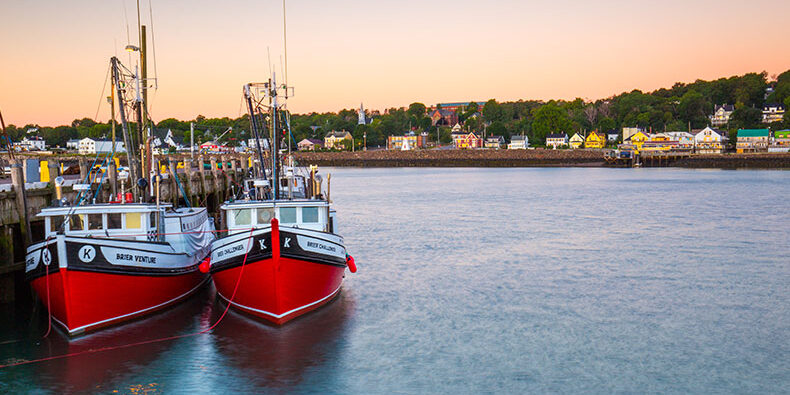 red-boats-at-digby-wharf